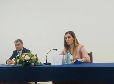 Ангелкова на срещата с бранша във Велинград. Снимка министерство на туризма