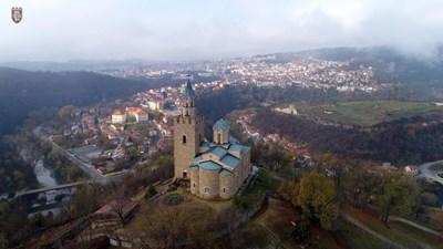 На Царевец отново тържествено ще се издигне националното знаме СНИМКА: Община Велико Търново