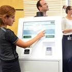 Терминалите за самообслужване работят и от тях може да се купуватн винетки.