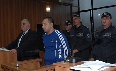 Борислав Димитров-Бобито, сниман в края на 2017г. на делото за измамата на Елена Янкова от Първомай.