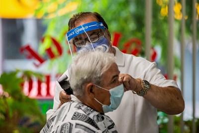 Бръснарница в Канада Снимка: Ройтерс