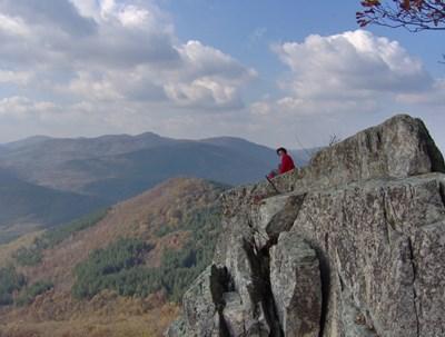 Раюв камък е една от най-атрактивните забележителности в Еленския балкан