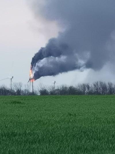 Ветрогенератор се запали край Каварна Снимка: Надежда Велева, предоставена на Нова тв