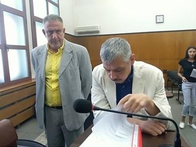 Д-р Иван Димитров поиска да бъде оправдан и съдът го направи