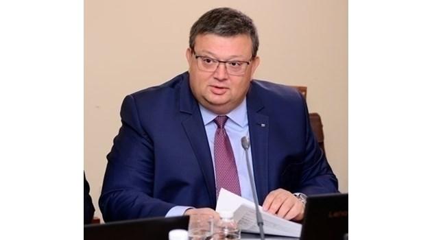 Цацаров: По процедура сега не може да се предложи втори кандидат за главен прокурор