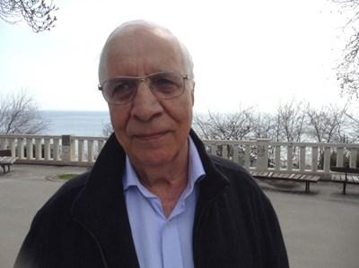 Април 2017 г. Проф. Александър Чирков в морската градина във Варна. СНИМКА: Снимки: Авторът И Архив