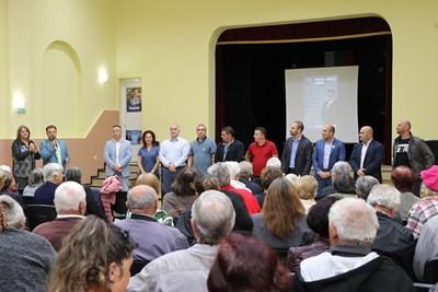 даниел Панов представи пред жителите на Пчелище и Церова кория ангажиментите за селата през следващите 4 г.