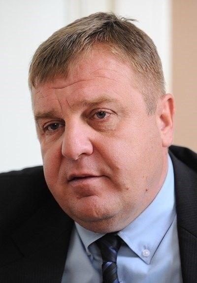 Вицепремиерът и министър на отбраната Красимир Каракачанов СНИМКА: Архив
