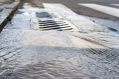 Услугата на А1 помага за  избягване на наводнения и суща.