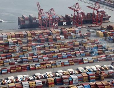 Значителен ръст на износа отчита България, а от дълго време насам имаме положително търговско салдо с ЕС.  СНИМКА: РОЙТЕРС