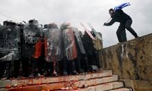 Над 100 000 души на митинг в Атина срещу промяната на името на Македония (Снимки)