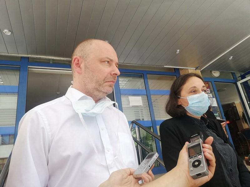 Увеличението на пътеките е с цел да може PCR тестът да бъде включен в тях, така че голяма част от пациентите, които ще бъдат хоспитализиран да минат през такъв тест, обясни зам.-председателят на лекарския съюз проф. Николай Габровски.