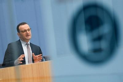 Германският министър на здравеопазването Йенс Шпан СНИМКА: РОЙТЕРС
