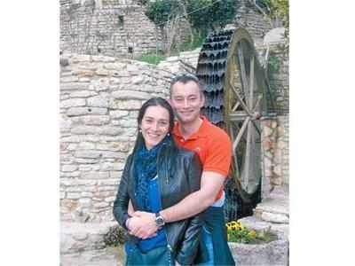 """Бъдещите съпрузи обикалят любими места из страната при всяка възможност. СНИМКИ: """"24 ЧАСА"""" И ЛИЧЕН АРХИВ"""