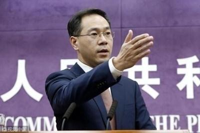 """Говорителят на Министерството на търговията Гао Фън  СНИМКА: Радио """"Китай""""/Архив"""