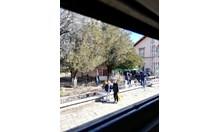 Мъж и жена са задържани за убийство с нож във влак край Вакарел