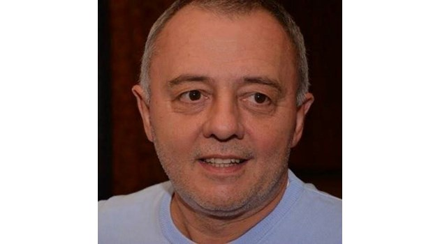 Решетников като вече не може да идва в България, как ще дава командите си