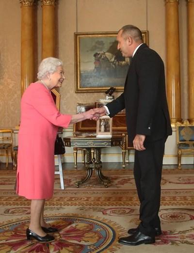 Кралица Елизабет II и  Румен Радев  СНИМКИ: Прессекретариат на президентството