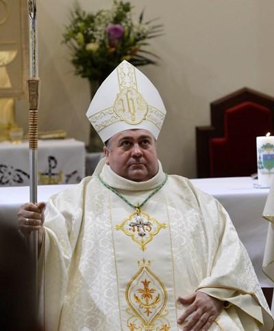 Папата избра Румен Станев за епископ в София, защото е до хората