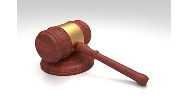 Съдят мъж за опит да подкупи полицай