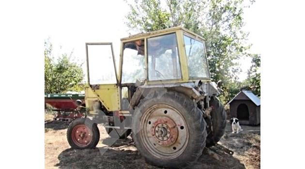 Трактор падна в дере в землище край Силистра, шофьорът му е загинал