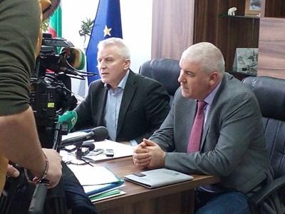 Валентин Вълков и Ивайло Спиридонов Снимка: Пресцентър на прокуратурата