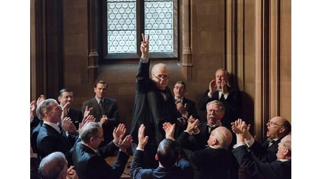 """Гари Олдман - по-добрият Чърчил и без конкуренция за """"Оскар"""""""