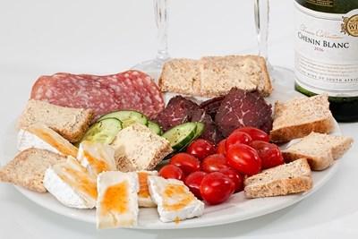 Без закуска и с късна вечеря увеличават риска от смърт при втори инфаркт