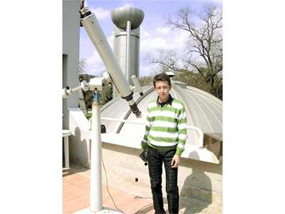 """Сунай често прескача до обсерваторията """"Н. Коперник"""" във Варна. СНИМКИ: СТОЯН НИКОЛОВ И ЛИЧЕН АРХИВ"""