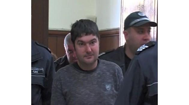 10-г. затвор за барман, убил безпричинно клиент  на заведението си в Ракитово