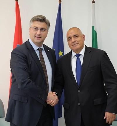 Андрей Пленкович и Бойко Борисов Снимки: Министерски съвет