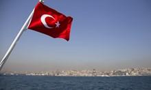 Турция е информирана, че ще бъде изключена от американските санкции срещу Иран