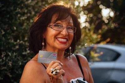 Звездата на българската поп музика Йорданка Христова бе поканена да тества картата на ЕasyPay като ценител на живота и стойностните творения.
