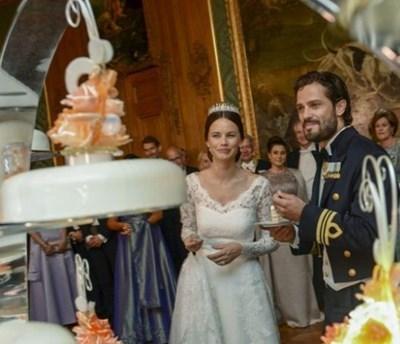 Карл Филип се ожени за бившия модел София Хелквист през юни 2015 г. СНИМКА: Ройтерс