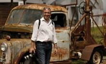 Цигуларят, пилот и фотограф Ясен Тодоров преподава на земята и в небесата