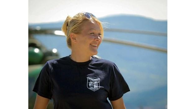 Загиналата в падналия самолет Вяра израснала пред очите на Румен Радев. Трябвало да лети на 20 април в разбилия се край Оризари аероплан