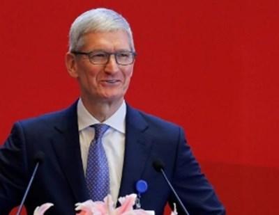 """Ръководителят на американската корпорация """"Епъл"""" Тим Кук  СНИМКА: Ройтерс"""