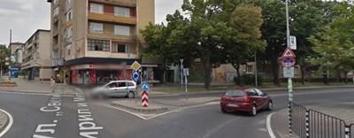 """Инцидентът е станал на кръстовище на бул. """"Св. св. Кирил и Методий"""" и ул. """"Вл. Черноземски"""" в Благоевград  СНИМКА: Гугъл стрийт вю"""
