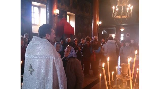 Отец Михаил Иванов: Отмени операция на човек с гноясал бял дроб