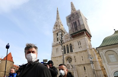 Хърватия отвори днес границите си и хърватските граждани ще могат да пътуват от и в чужбина  СНИМКА: РОЙТЕРС