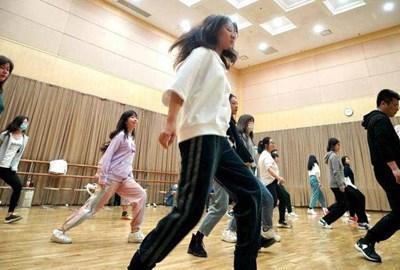 Вечерните арт училища са новата страст на шанхайци
