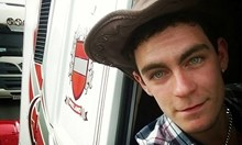 Вижте шофьора, управлявал камиона с 39-те тела, открити във Великобритания