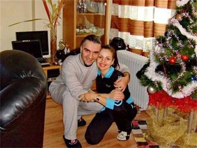 Венко и Невена в дома си в София на Коледа СНИМКА: ЛИЧЕН АРХИВ