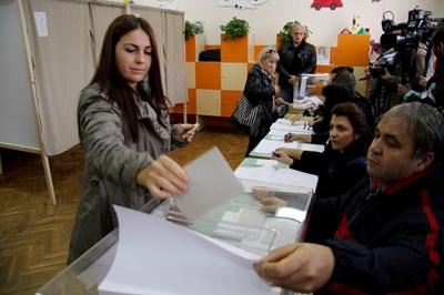 """Над 6,8 милиона българи имат право да гласуват на президентските избори и националния рефрендум. СНИМКА: """"24 ЧАСА"""""""