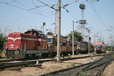 В рамките на проекта ще се модернизират 51 километра железен път.