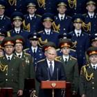 Президентът Владимир Путин с висши военни