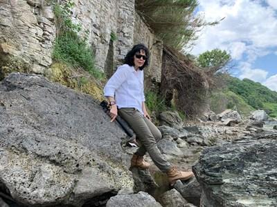 Журналистката Мария Чернева по време на експедицията СНИМКИ: ЛИЧЕН АРХИВ