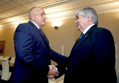 Премиерът Борисов постави пред посланик Макаров въпроса за изявлението на руския президент Владимир Путин. Снимки правителствена пресслужба.