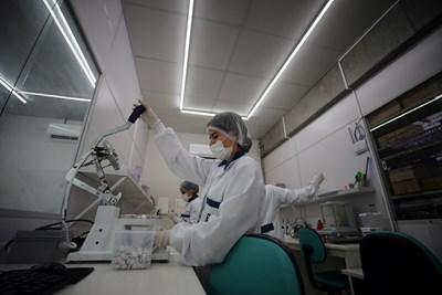 1000 са починалите от коронавируса в Испания, 308 са заразените в Румъния СНИМКА: Ройтерс
