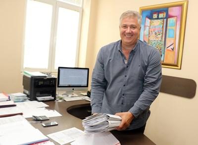 """Проф. Асен Балтов стана директор на """"Пирогов"""" през 2017 г."""